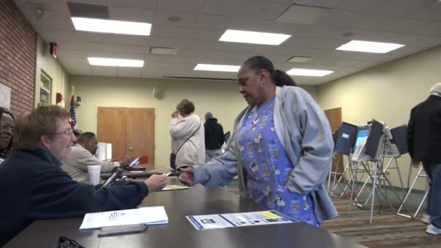 8000 people cast ballots in the american state of ohio in the 2018 midterm election historically ohio is considered a swing state in us national... - voting rights stock videos & royalty-free footage