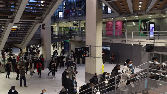 people come out of a metro station and go up stairs - underground station stock videos & royalty-free footage