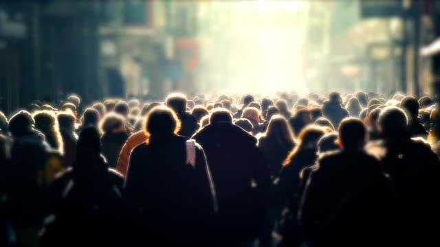 Personnes, foule d'unreconizable High Street Shoppers, jour