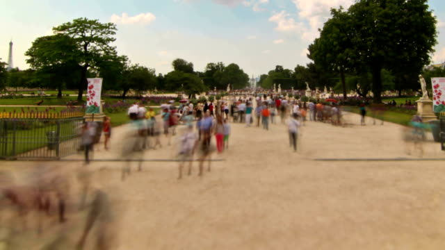 stockvideo's en b-roll-footage met people crowds pan - druk spanning