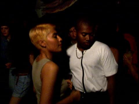 people dancing in miami nightclub - anno 1994 video stock e b–roll