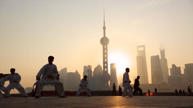 MS LA People doing early morning Tai Chi, Wu Shu on the Bund, Shanghai