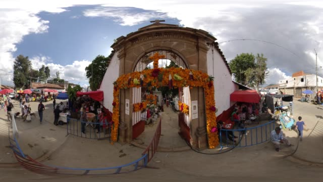 people entering the cemetery - day of the dead in mexico - michoacán video stock e b–roll
