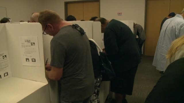 kswb people in line for early voting - midterm election stock videos & royalty-free footage