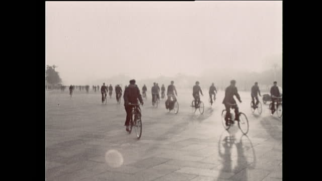 ws people in mao suits cycle through tiananmen square; 1972 - tiananmen square stock videos & royalty-free footage