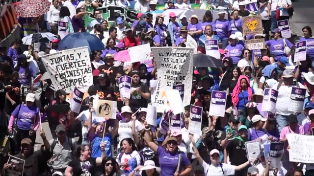 people in san salvador el salvador marching to overturn the nation's total ban on abortion - abortion stock videos & royalty-free footage