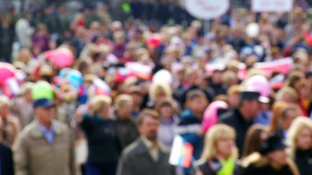 人々のデモンストレーション - パレード点の映像素材/bロール