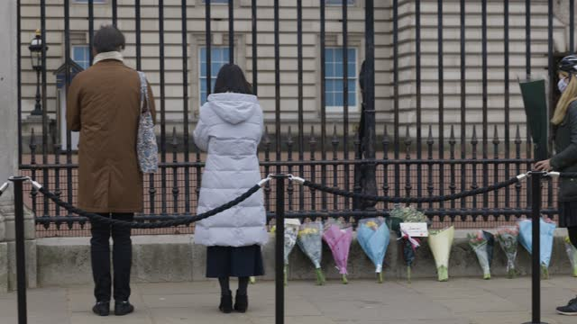 people lay flowers as tribute to prince philip, duke of edinburgh who died at age 99 on april 10, 2021 in unspecified, united kingdom. the queen... - monument stock videos & royalty-free footage