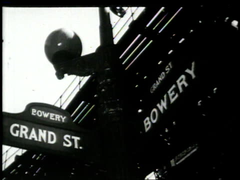 1948 MONTAGE people living in the Bowery / New York, New York, United States