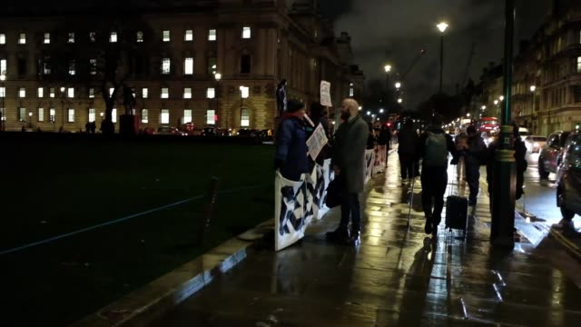 people manifests against the prime minister theresa may outside the houses of parliament in central london on january 16 2018 she was expected to win... - defeat stock videos & royalty-free footage