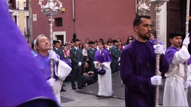 people march in the streets with a hail mary figure on a throne during the maundy thursday celebrations in madrid, spain on april 13, 2017. christian... - holy week stock videos & royalty-free footage