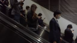 4K People moving on escalator