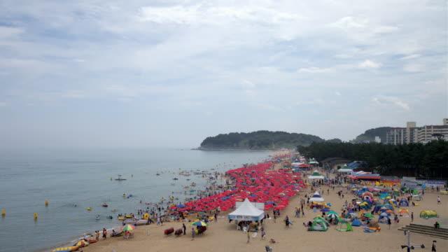 WS T/L People on beach / Incheon, Incheon, South Korea
