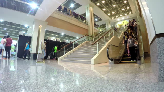 people on Escalator, Time-Lapse