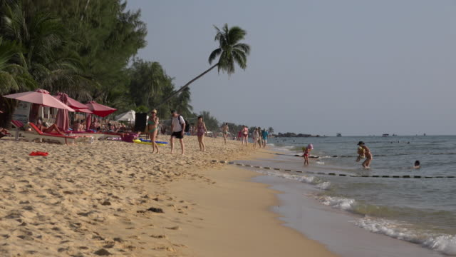 people on long beach - gulf of thailand stock videos & royalty-free footage