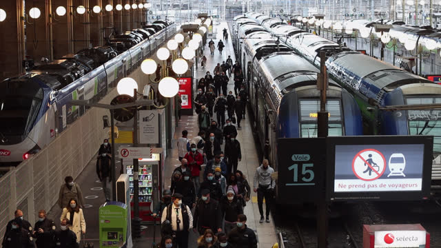 people on the platform of a station - railway station stock videos & royalty-free footage