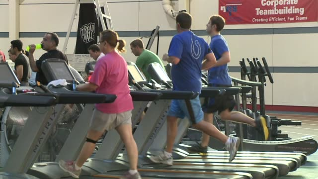 stockvideo's en b-roll-footage met people on treadmill at national institute for fitness and sport on october 06 2013 in indianapolis indiana - ellips