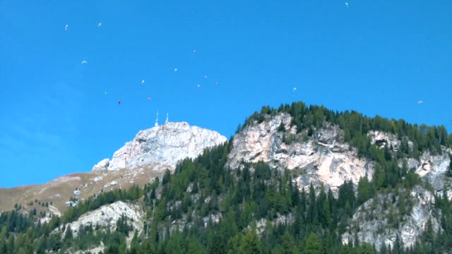 people paragliding in val di fassa, italy. - val di fassa stock videos and b-roll footage