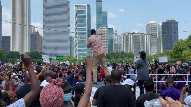 people participate in a juneteenth rally and march organized by faith leaders on june 19, 2020 in chicago, illinois. juneteenth commemorates june 19... - 1865 stock videos & royalty-free footage