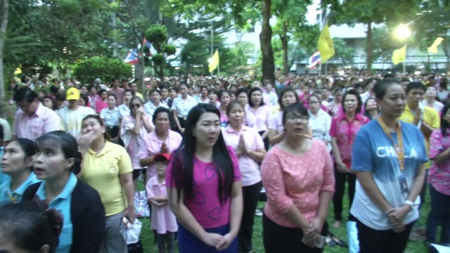 People pray and yell 'Long Live the King' after learning of the death of Thailand's King Bhumibol Adulyadej in Bangkok Thailand King Bhumibol the...