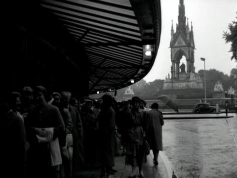 people queue outside the royal albert hall. - royal albert hall stock videos & royalty-free footage