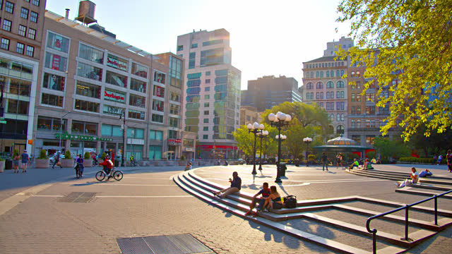 people relax at union square - manhattan financial district stock videos & royalty-free footage
