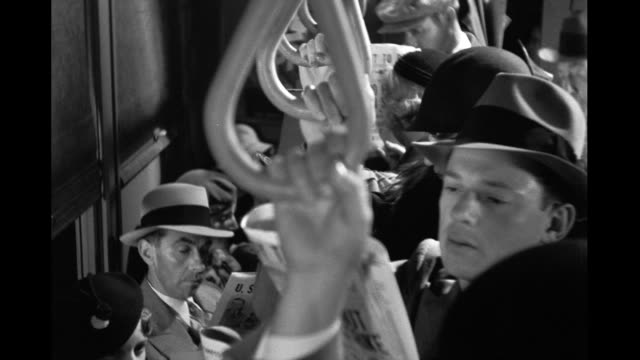 vídeos y material grabado en eventos de stock de 1934 - people riding crowded subway - tren de metro