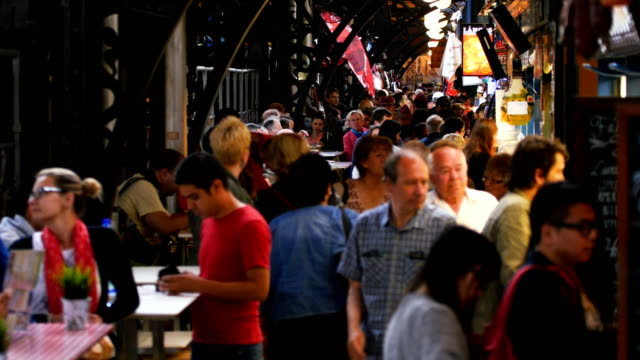 people shopping and eating in great market hall  - osteuropäische kultur stock-videos und b-roll-filmmaterial