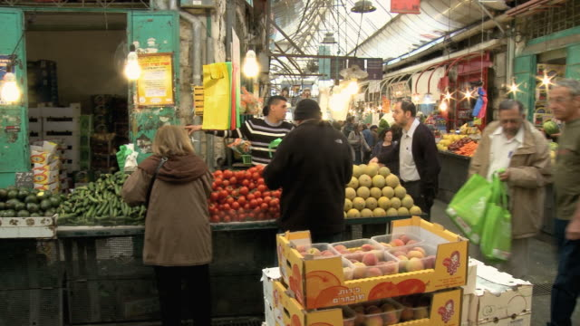 MS PAN People shopping at Mahane Yehuda Market / Jerusalem, Israel
