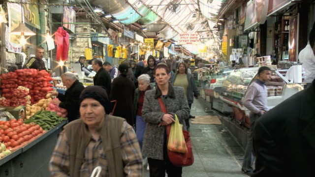 WS People shopping at Mahane Yehuda Market / Jerusalem, Israel