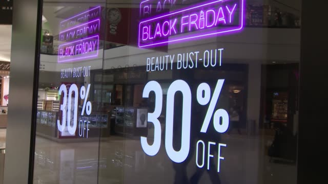 ktla people shopping at the glendale galleria for black friday - glendale galleria stock videos & royalty-free footage