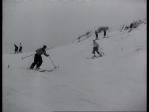 stockvideo's en b-roll-footage met people skiing / haarlem noordholland netherlands - noord holland