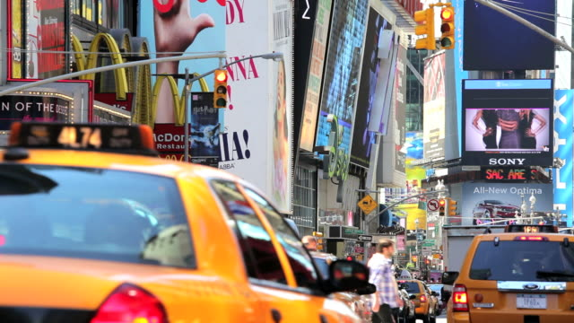 people traffic and billboards of times square, manhattan, new york, north america, usa - broadway manhattan video stock e b–roll