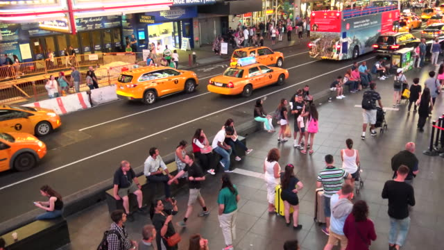 people traffic, times square, new york city - 7th avenue stock videos & royalty-free footage
