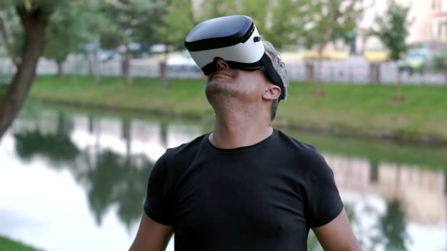 people using virtual reality - brief - one mature man only stock videos & royalty-free footage