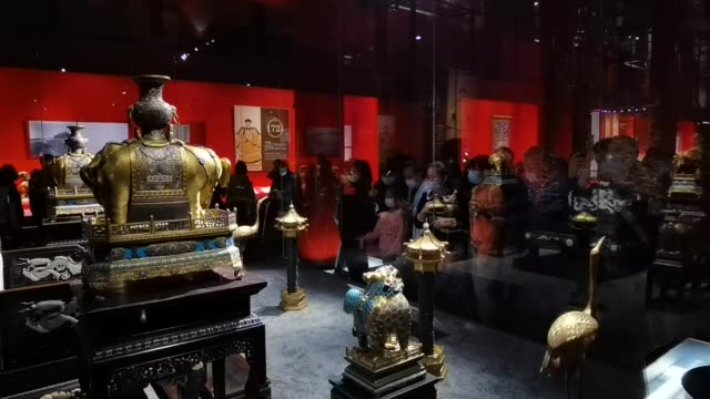people visit the palace museum on the first day of the 8-day national day holiday on october 1, 2020 in beijing, china. - forbidden city stock videos & royalty-free footage