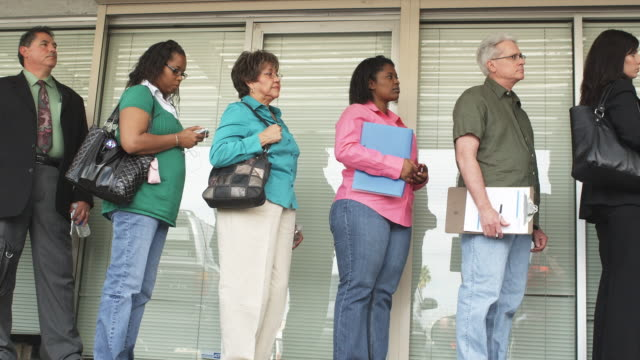 MS, LA, People waiting in line at unemployment office, Phoenix, Arizona, USA