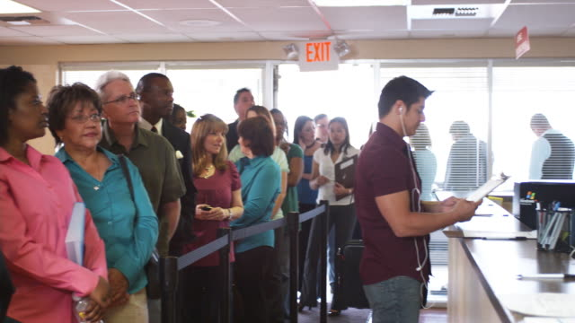 MS, PAN, People waiting in line at unemployment office, Phoenix, Arizona, USA