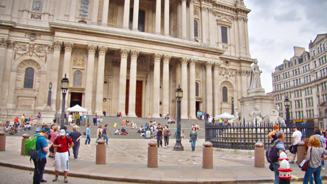 people walk on square by st. paul's cathedral - arch stock videos & royalty-free footage