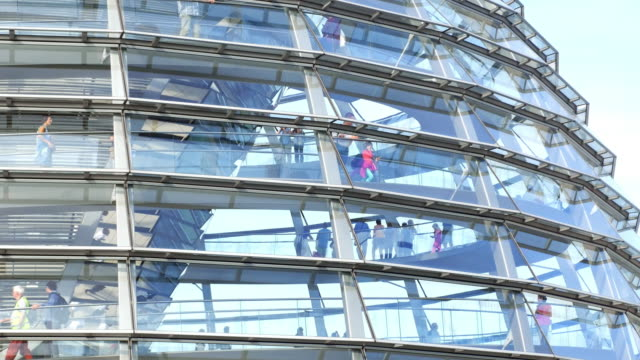 people walking in berlin reichstag dome - cupola video stock e b–roll
