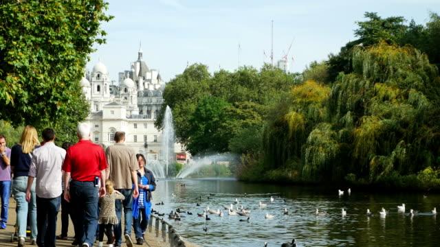 People Walking In London St James's Park (4K/UHD to HD)