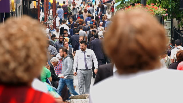 4k: people walking in the bazaar - middle eastern culture stock videos and b-roll footage