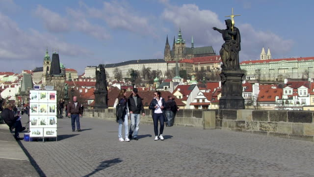 ms people walking on charles bridge / prague, hlavni mesto praha, czech republic - charles bridge stock videos and b-roll footage