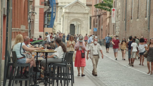 people wearing masks at toulouse france iconic street during covid pandemic. august 2020 - toulouse stock videos & royalty-free footage