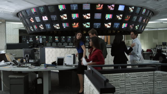 MS People working in control room, Dallas, Texas, USA
