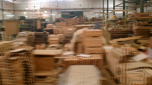 ms, ds, t/l, people working in furniture factory - timber stock-videos und b-roll-filmmaterial