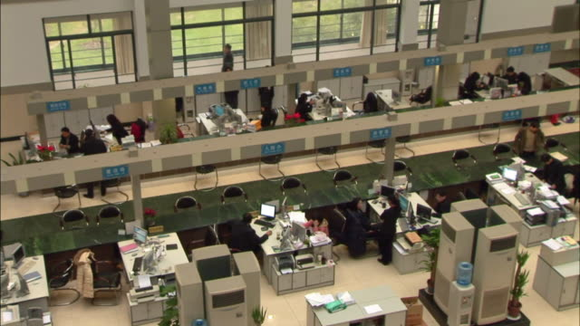ha ws zo people working in office/ suzhou, china - water cooler stock videos & royalty-free footage
