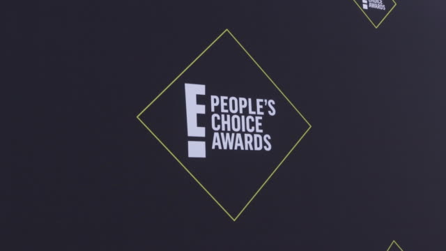 e people's choice awards at barker hangar on november 10 2019 in santa monica california - people's choice awards stock videos & royalty-free footage