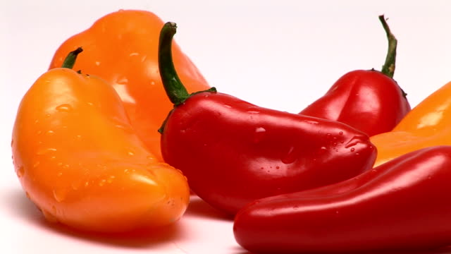 peppers - オレンジピーマン点の映像素材/bロール