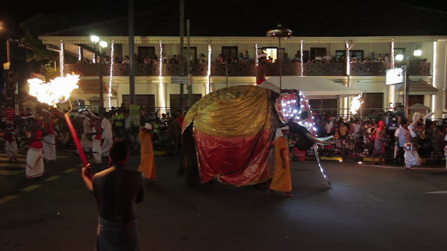 ms performers and elephant parade in buddhist festival or procession 'esala perahera' (festival of tooth) audio / kandy, central province, sri lanka - sri lankan culture stock videos and b-roll footage